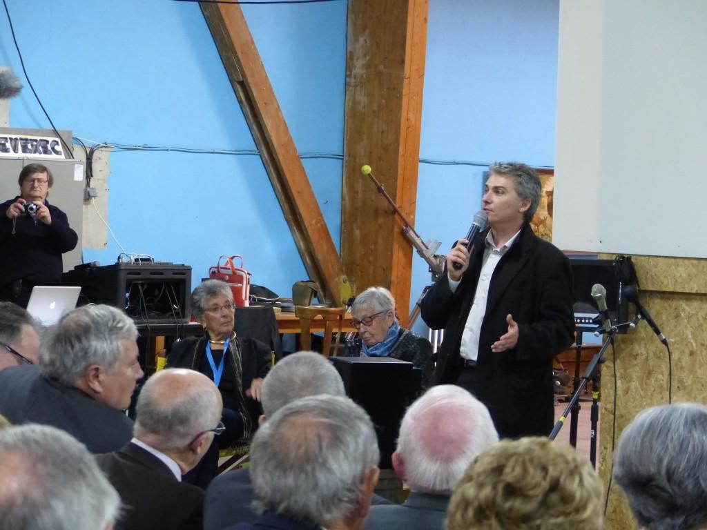 Nicolas Guillou a pris la parole avant la projection d'extraits du film.