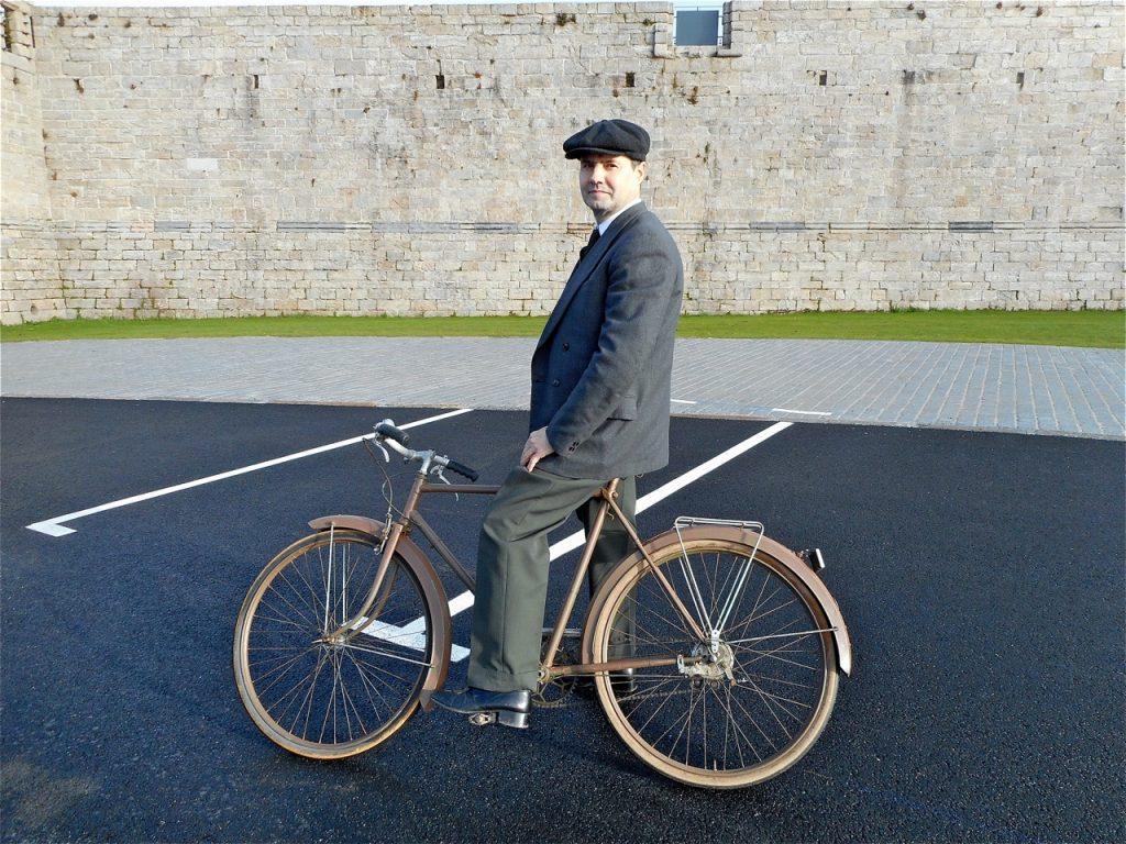 Barthélémy réapprend à faire du vélo !