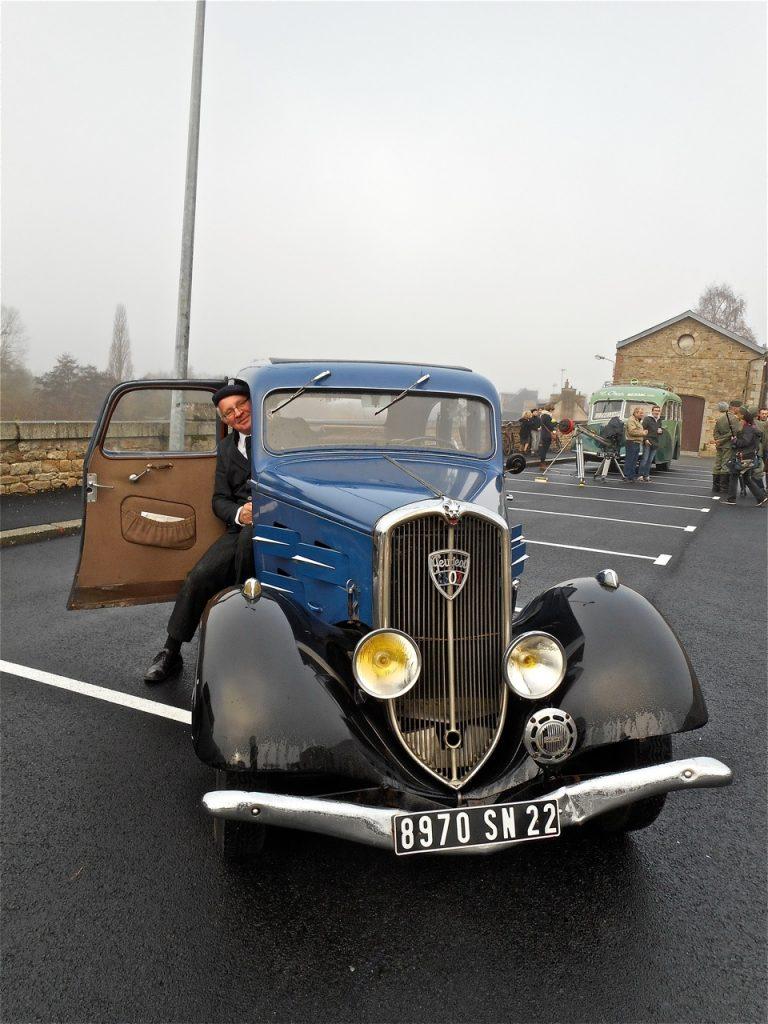 Jean-Luc et sa Peugeot 301