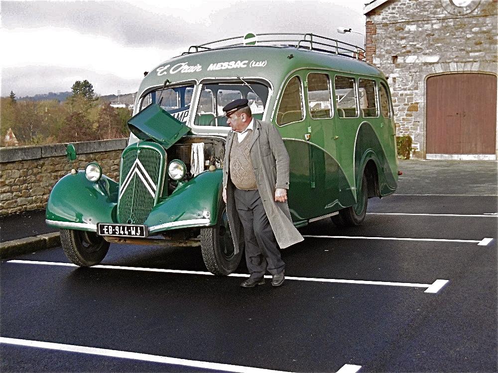 Le bel autocar Citroën U23 de Bruno Orain.