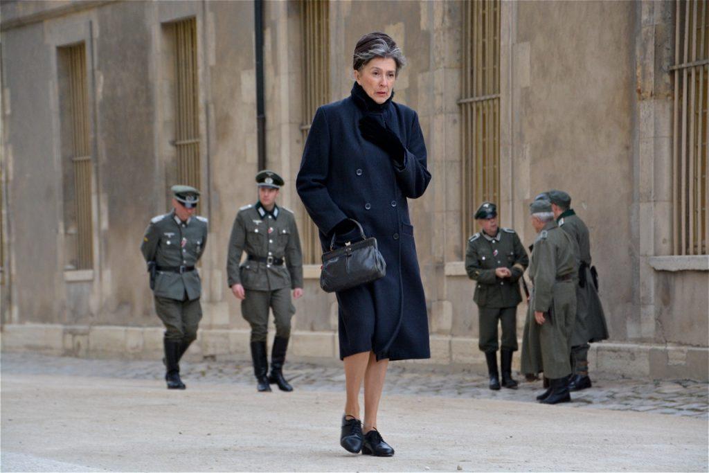 Civils français et militaires allemands.